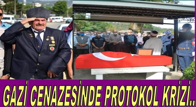 Kıbrıs Gazisi Mehmet İnal'ın cenazesine protokol katılamadı..
