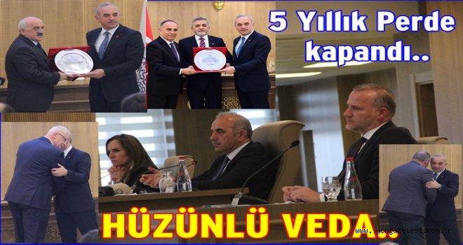 Büyükşehir Belediye meclisi veda etti..