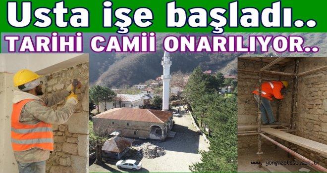 Gülyalı Kestane Mahallesi tarihi Camii onarılıyor..