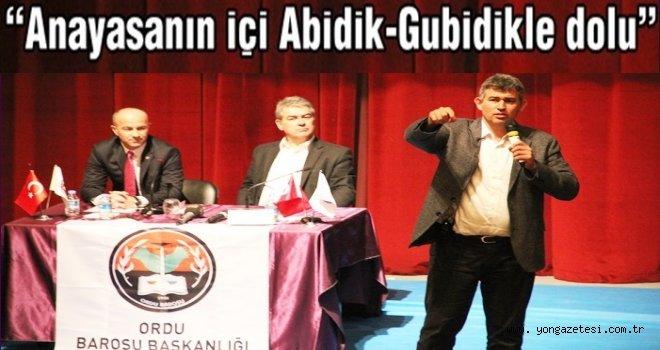 Metin Feyzioğlu hayranları Kültür Merkezine sığmadı..
