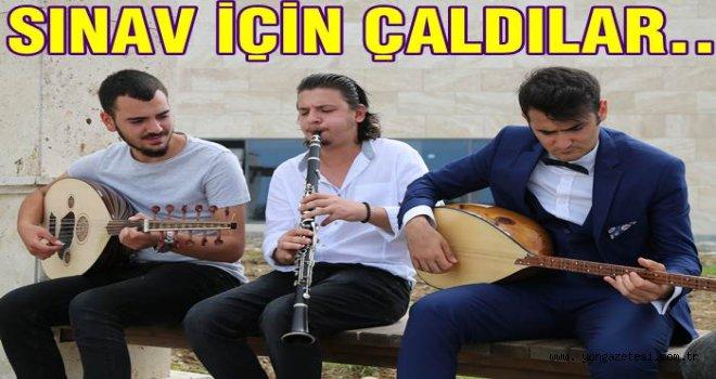 Müzik ve Sahne Sanatları Fakültesinde Sınav..