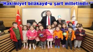 Rektör Akdoğan'ın 23 Nisan kutlama mesajı..