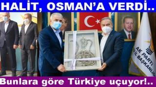 İki AKP'li il başkanından ortak basın toplantısı..