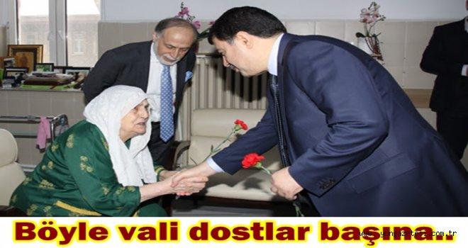 Vali Vasip Şahin Darülaceze sakinlerinin yeni yılını kutladı..